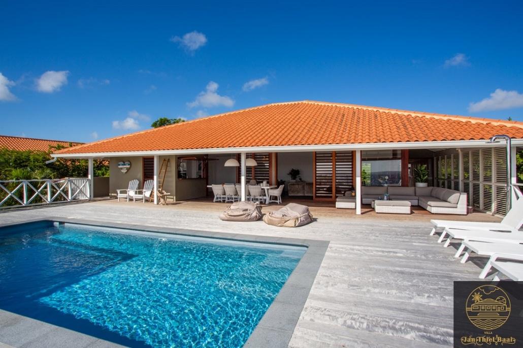 Zwembad plus villa in een beeld - Villa Boca Gentil P-09