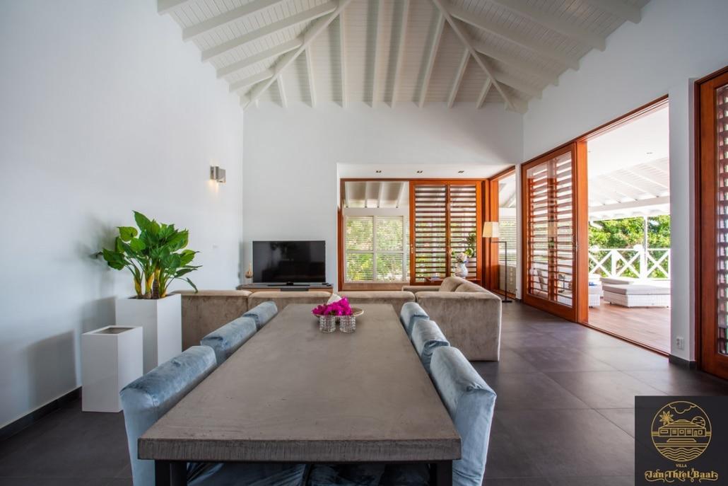 Vakantievilla Curacao huren? Interieurfoto van het moderne interieur