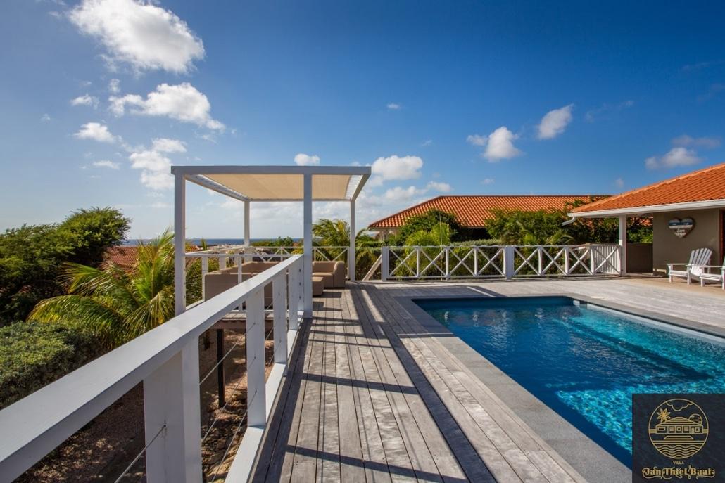 Vakantievilla Curacao huren? Een foto van hoe prive je zit in deze villa